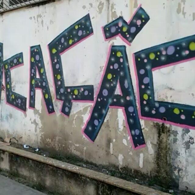 Rua Doutor Noguchi, Ramos.  #instaart #spray #riodejaneiro #rj #instagraffiti #graffiti #graffite #artederua #art #artist #urbanart #graffitibrazil #graffitebrazil #loveart #spraypaint #streetart #freestyle #graffitirj #graffrio #rua #mtn #hiphop #streetartrio #ruasdazn #tafaltandomuro
