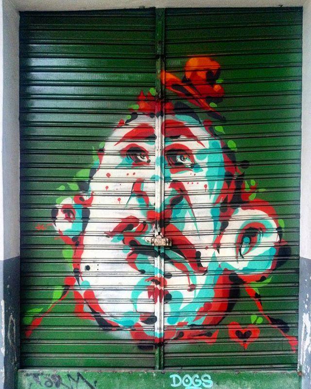 #StreetArtRio  Grafite na Rua Jardim Botânico próximo à esquina com a rua Frei Leandro, no Jardim Botânico.  Artista: @tarm1 (Tarm)  Tirada em 11/01/2016