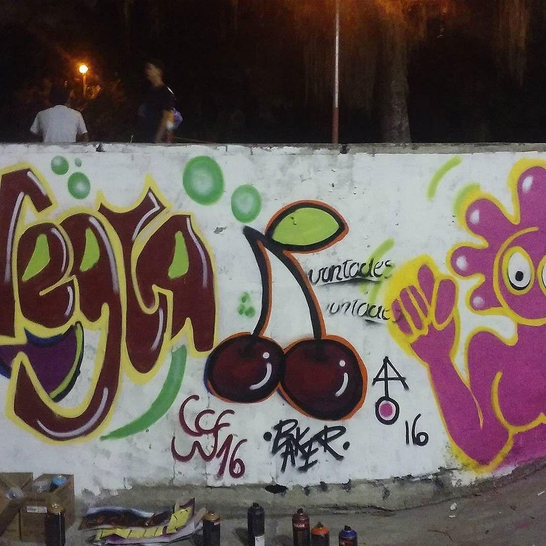 #zonaoesterj #streetartrio #graffitirj #graffitiwoman