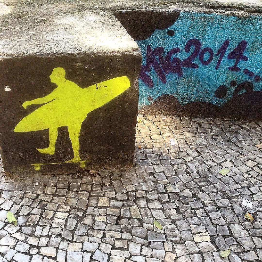 Art done by @mig_sereno #graffiti #graffporn #streetart #streetartrio #streetartglobe #urbanart #spraydaily #muralsdaily #copacabana #riodejaneiro #brazil