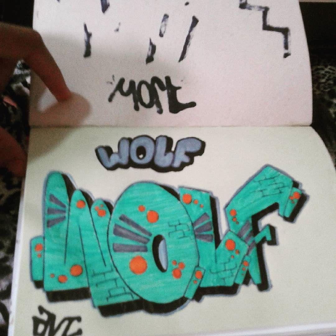 #calvinwolf  #wolf  #vandal  #graffiti  #intagraffiti  #bomb  #AVCrew  #streetartrio  #graffitirj  #sketch