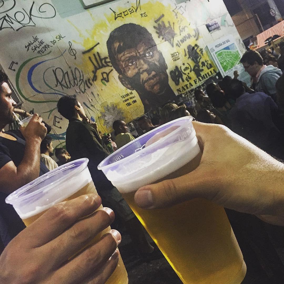 #carioca #pedradosal #streetartrio #samba #riodejaneiro #zerovinteum #cerveja