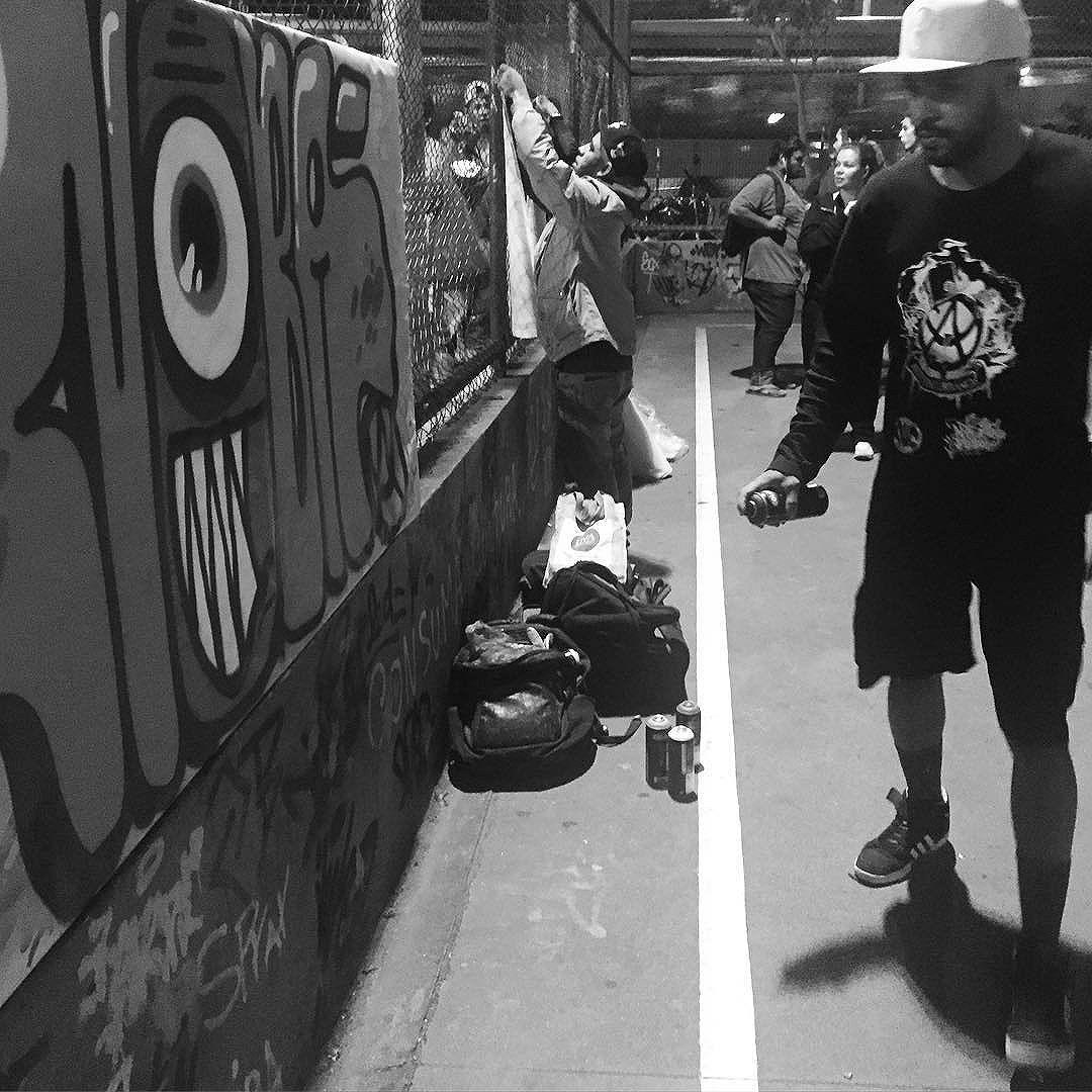 Durante a intervenção cultural na Roda de Rima de Olaria... Viva a cultura de RUA. #pandronobã #artistasurbanoscrew #ruasdazn #streetartrio 2016