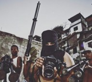 Compartilhado por: @favelaoriginals em Jul 05, 2016 @ 06:49
