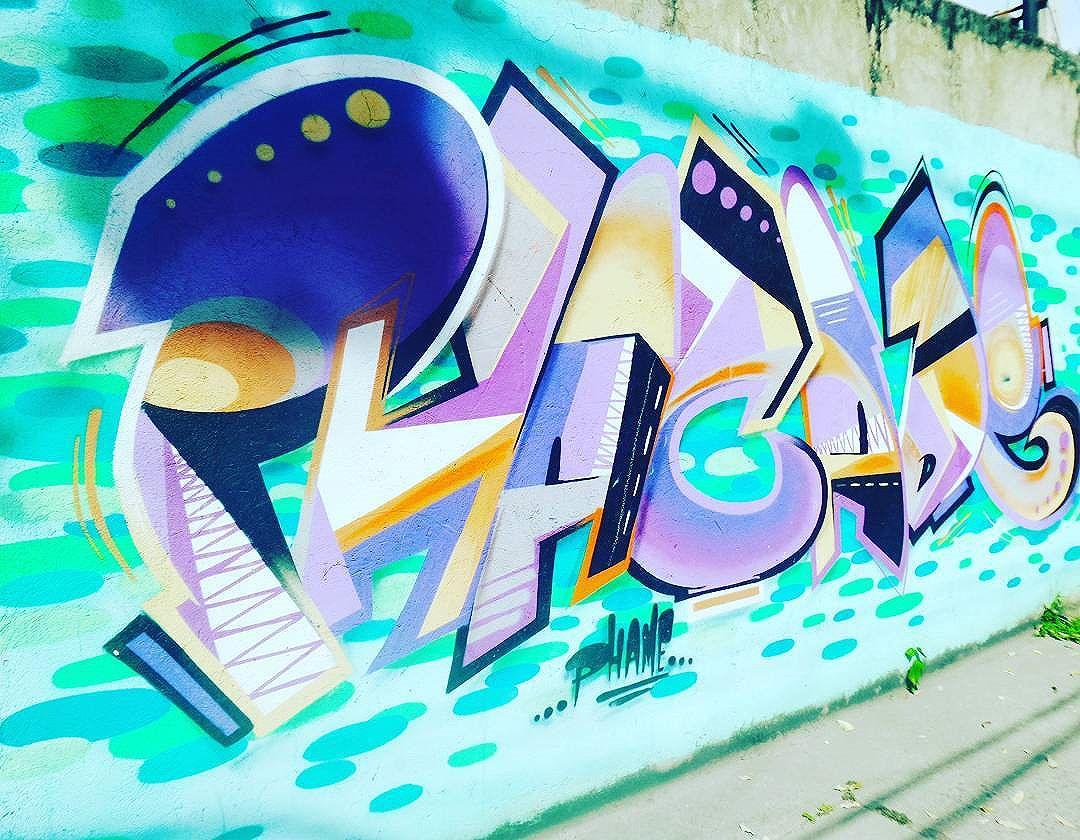 #phame #graffiti #graffitiart #graffitilovers #graffitinaveia #artrua #urbanstyle #lovegraffitiartwork #streetartrio #streetartist #streetstyle #streetphotography #streetphotographers #niteroigram #nikiti #nikiticity #riowalkingtour #ofantasticomundodografite #lettersgraff #letters