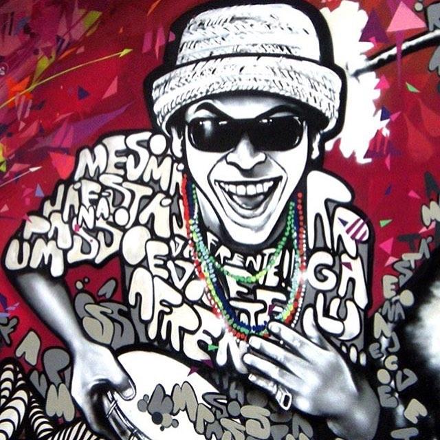 Regram @marceloment  #maracatupsicodelico #berimbaueletrico #chicoscience #manguebit #streetartrio #manguebeat #caranguejo #homemcaranguejo #antenanalama #manguetown #streetart #music #música