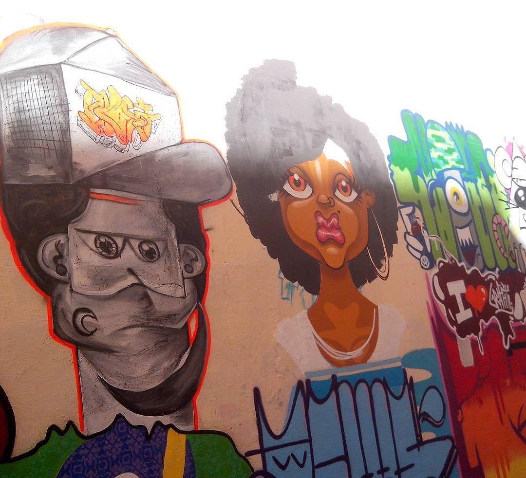 Sopa de tudo do colégio ocupado Amaro Cavalcante, no catete. . #romastreetart #streetart #educacaopederespeito #streetartrio #graffiti