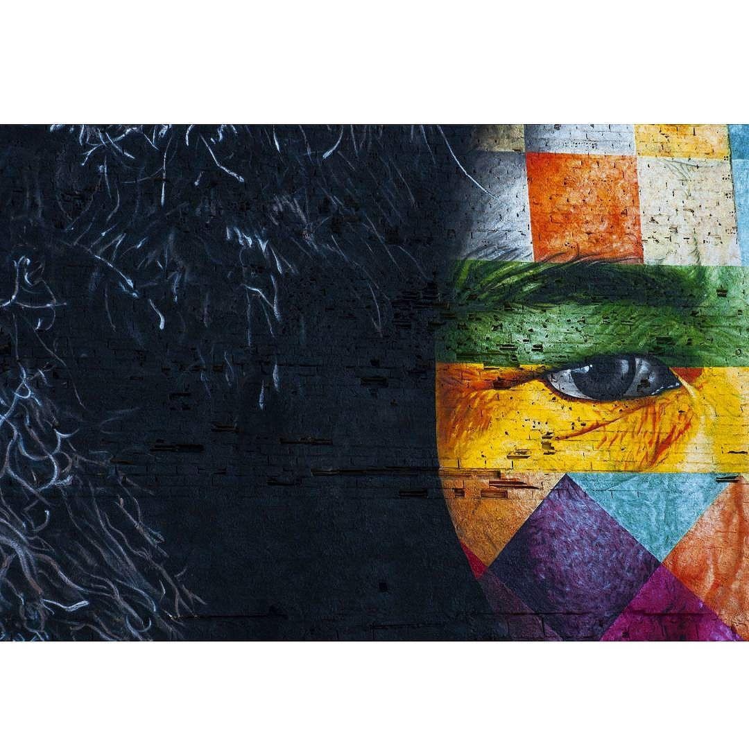 A força de um olhar!  #kobra #streetart #art #arteurbana #boulevardolimpico #errejota #riodejaneiro #rio40graus #streetartrio
