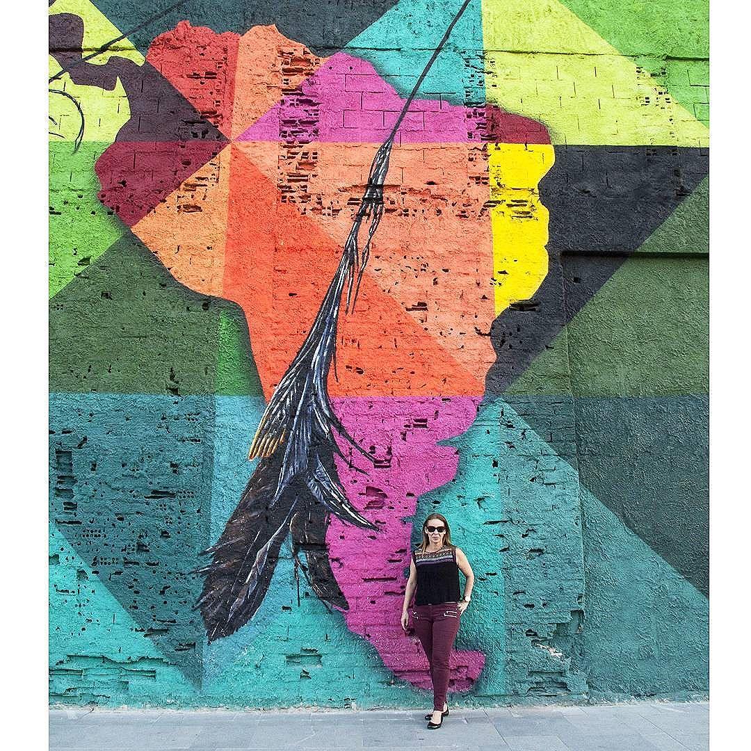 Apaixonada ! Que bom ver tanta arte linda embelezando minha cidade! ♡ #kobra #streetart #arteurbana #boulevardolimpico #errejota #rio40graus #rio #art #streetartrio