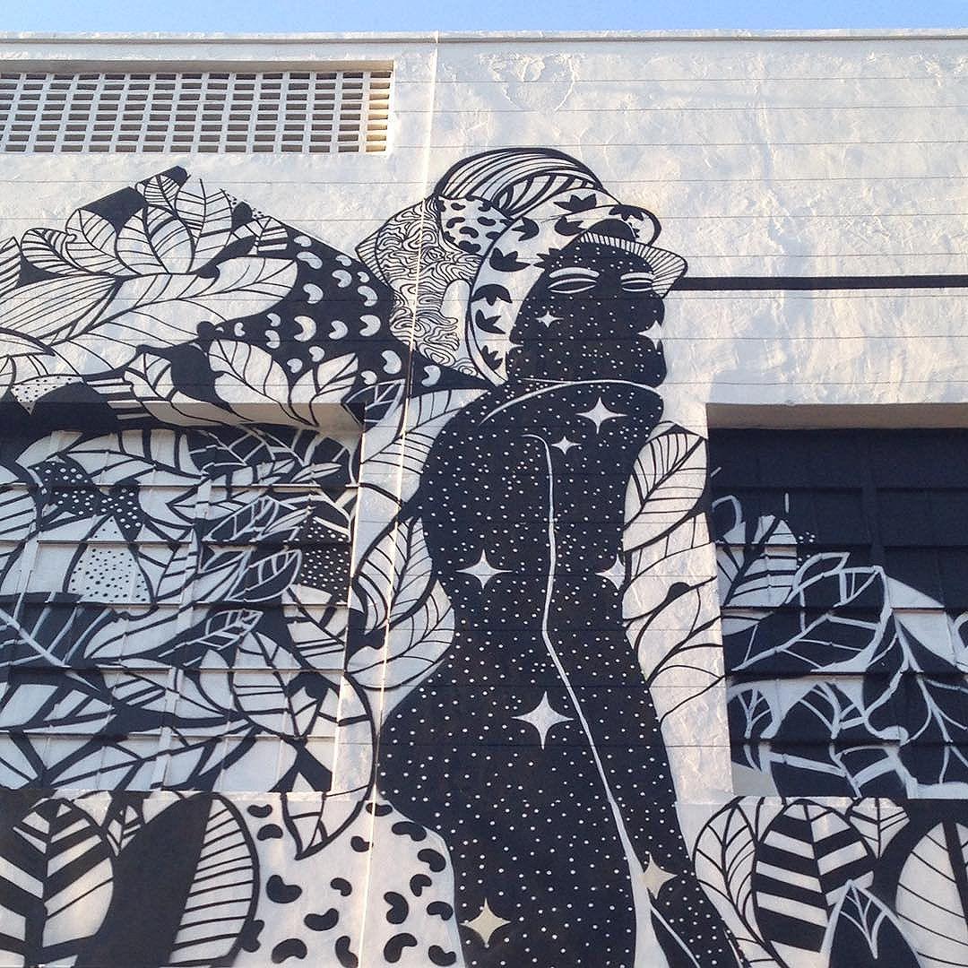 Em cada canto um encanto #grafite #arte #streetart #streetartrio