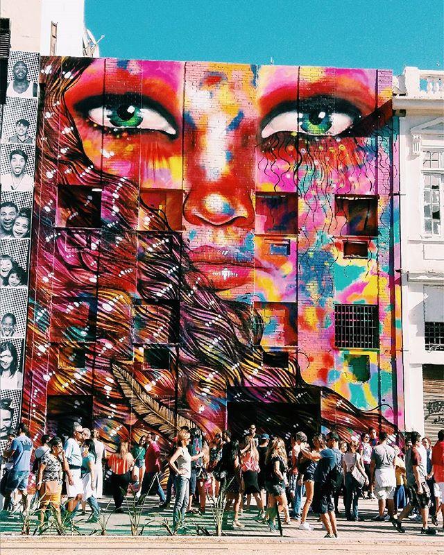 Eu avisei que ia ter surra de foto  #vscogood  #vscobr #coloridoviamia  #modicesinspira  #tonoadorofarm  #reportergarimppo #bazisaround #bacanezaradar55  #blogcariocando  #artederua #rio #streetphotography #stylegirls  #streetart #streetstyle #graffitiart  #riodejaneiro  #oficialrio  #art  #arte #love #amor  #intervencaourbana #streetartrio  #art #artes #colecionadoradegraffitis #girlspower  #girlsgang