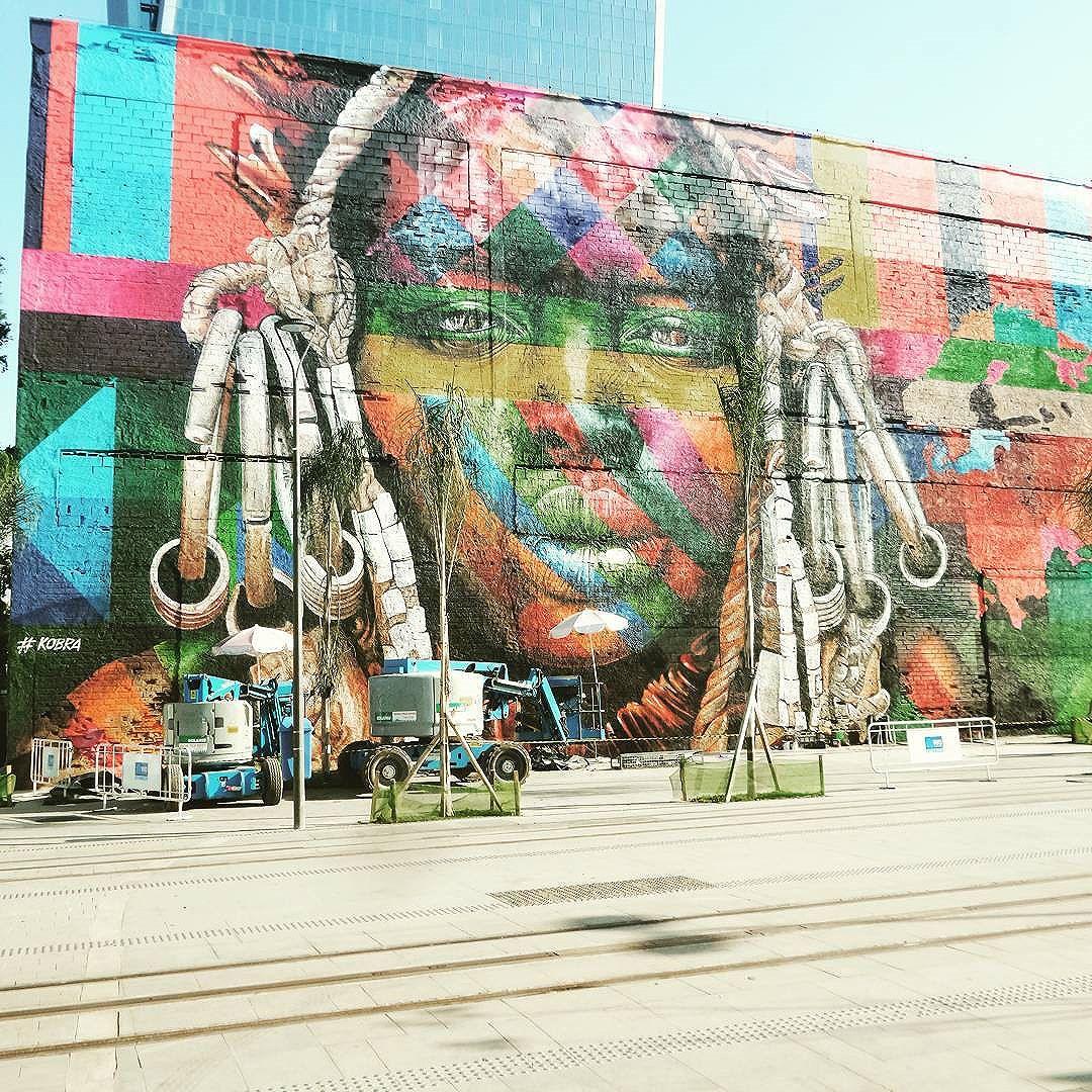 #kobrastreetart #graffiti #graffitiart #graffitinaveia #graffitilovers #graffiticarioca #grafitismo #graffiticulture #graffitigirl #graffitibrasil #graffitiworld #graffitigram #graffitiporn #graffitiartist #graffittiwall #graffitilife #streetartrio #streetartist #streetstyle #streetphotography #streetphotographers #ofantasticomundodografite #urbanstyle #lovegraffitiartwork #photograffite #instagrafite #arteurbana #afropower #africa