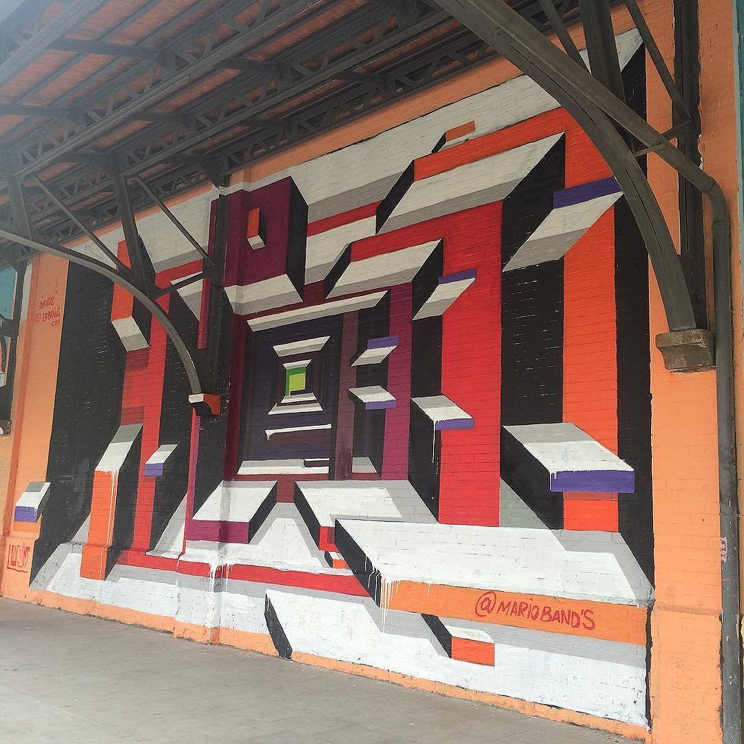 Mural em 3D?! Impressionante! #MarioBands #SérieJanelas #Janelas #StreetArt #StreetArtRio #ArteDeRua #BoulevardOlímpico #Rio2016 #ZonaPortuária #PortoMaravilha #MuseuACéuAberto #InstaGrafite #InstaGraffiti