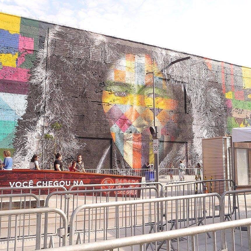 """Mural más grande del mundo! Increíbleeeee """"todos somos um"""" #streetart #arteurbano #streetartrio"""
