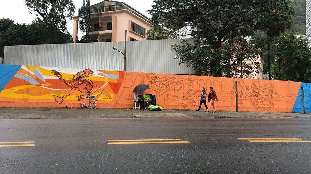 Next wall... #rio2016 #noucolors #graffiti #grafite #mural #marceloeco #streetartrio #olympicgames2016 #olympic #rio #riodejaneiro #brasil