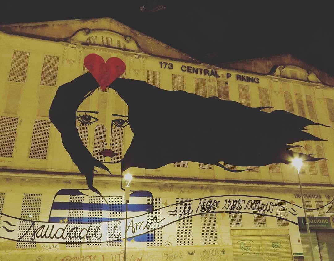 O que mais vejo é foto dessa arte. Toma aí uma minha :P  #rj #riodejaneiro #rio2016 #boulevardolimpico #olimpiadas2016 #olympics2016 #graffiti #streetart #streetartrio #cannon #sx50hs