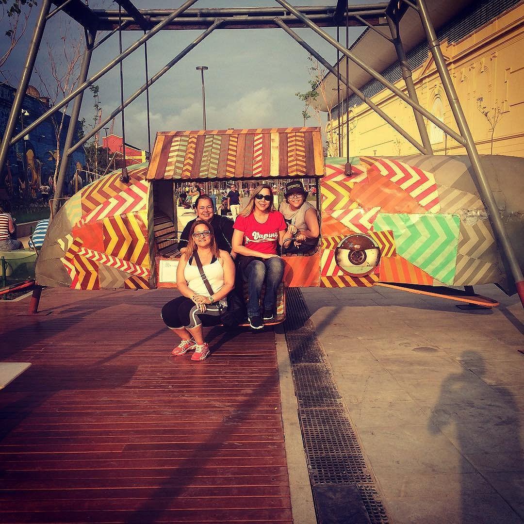Ontem exploramos mais um pouco o Boulevard Olímpico... #InstaWalkRio #ABaleiaDoJonas #ACME #UniversoACME #StreetArt #StreetArtRio #ZonaPortuária #PortoMaravilha #BoulevardOlímpico #Rio2016 #ArteDeRua #Escultura