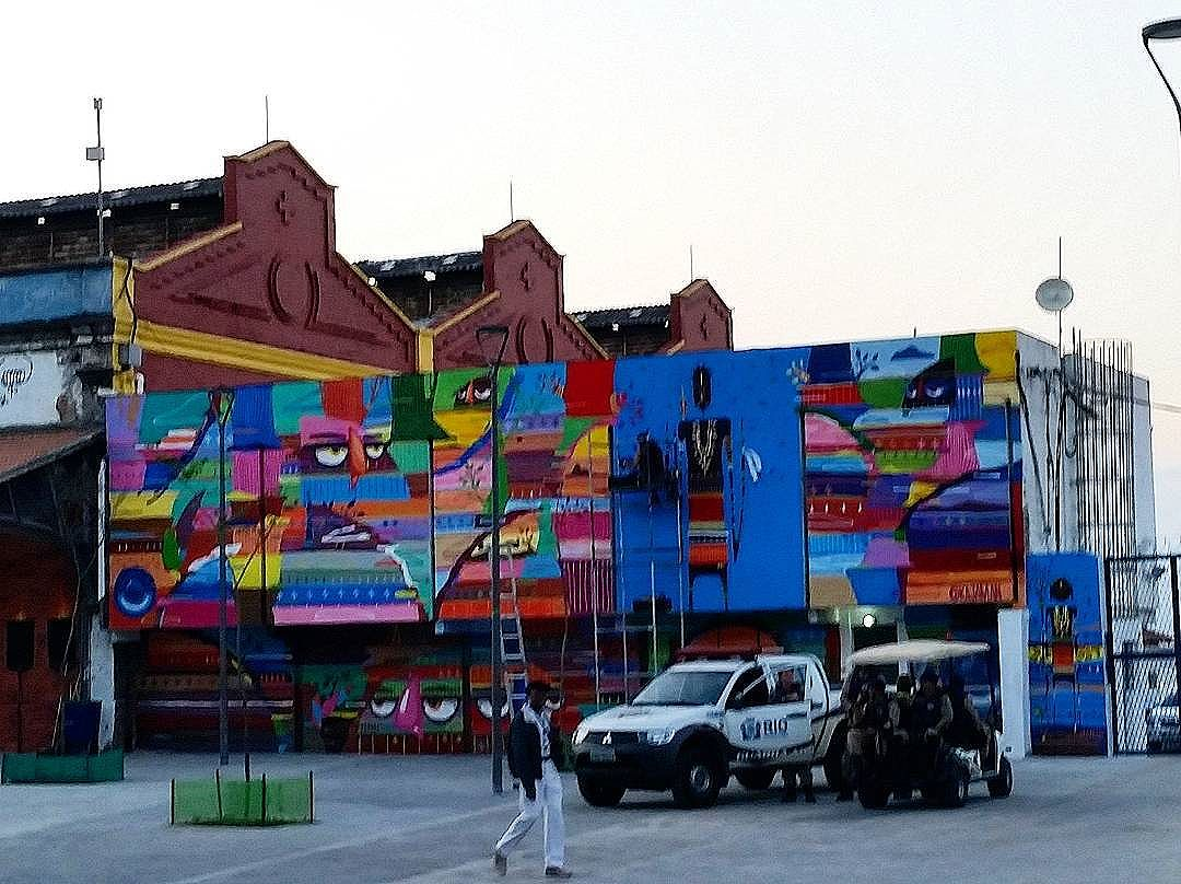 RUA HEITOR BELTRAO - TIJUCA - RIO DE JANEIRO-RJ - BRASIL  #graffiti #graffitiart #graffitiwall #streetculture #streetphotography #streetstyle #urbanart #spraypaint #graffitirio #StreetArtRio #muros #artederua #streetart #arteurbana #welovestreetart #mural #streetartfiles #graffart #graffittigers #spraypaint  #olheosmuros #loves_street_art #graffitilegends #streetartofficial #streetarteverywhere #streetartistry #stickerart #urbanwalls #instagraffiti #spraycanart #graffitiporn