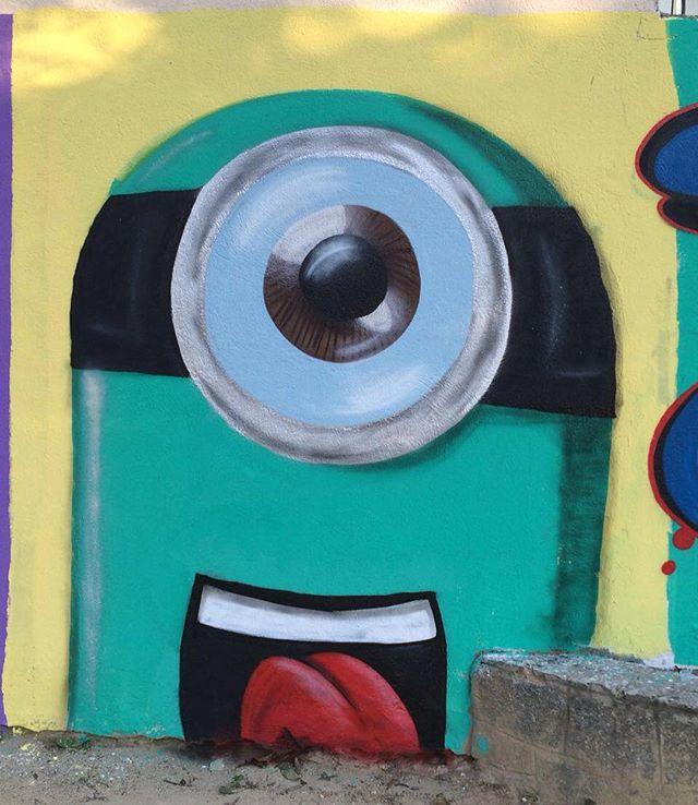 #trapacrew #streetartrio #streetart #arteurbana #vandal #sprayart #graffiti #instagraffiti #instagraff #graffrio #mtn94 #grafite #instaart #fatcap #streetartphotography #spraycan #urbanart #graffitiart #graff  #welovestreetart #urbanwalls  #cartoon #streetarteverywhere  #drawing #tijuca