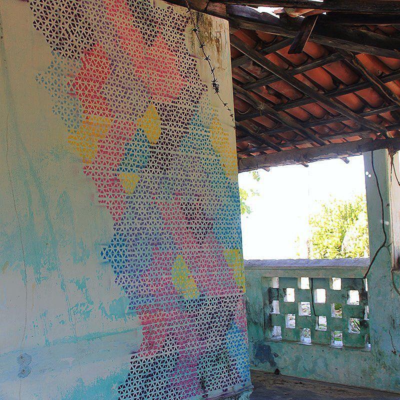 Graphics Triangles by StDsgn Street Art Bahia 2016 WebSite : stdsgn.fr  #StDsgn #spray #brasil #graffiti #graffitiart #bahia #StreetDesign #streetartist #mural #muralista #streetartrio #london #paris #salvador #streetartmontpellier #montpellier #streetart #design #stencil #streetartsaopaulo #saopaulo #streetartlondon #streetartparis #streetarteverywhere