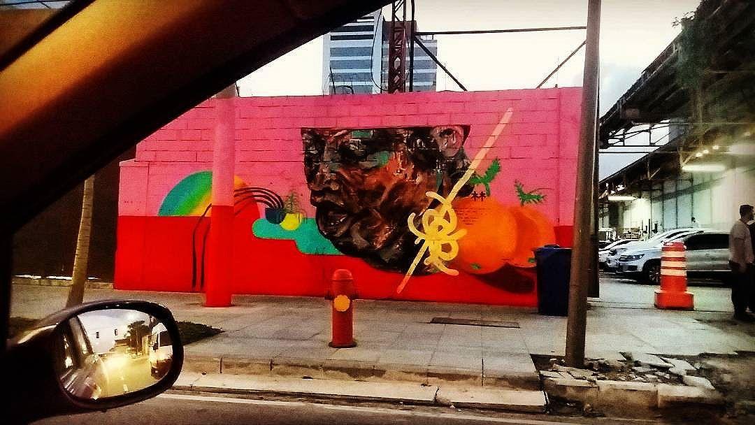 #riodejaneiro  #artrua #artriodejaneiro #Love #streetart #rioartexperience @streetart_rio #artederua #art #URBANA #arteurbana #graffiti #sprayart #instapicture #streetart #instart #artist #streetarteverywhere #lovesart #cariocagram #carioquissima #arte #mural #streetphoto #streetartrio #visitrio #riooficial #rj #rio2016 #portomaravilha #streetphotography #streetarttour
