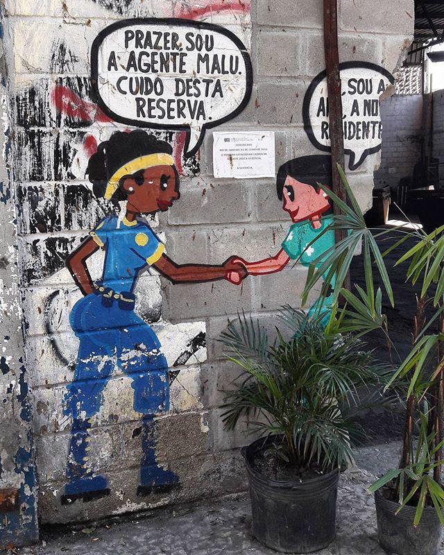 #StreetArtRio  Grafite próximo à praça Antenor Fagundes, no Centro.  Artista: @tito_na_rua (Tito na Rua)  Tirada em 30/08/2016 #ppp_titonarua