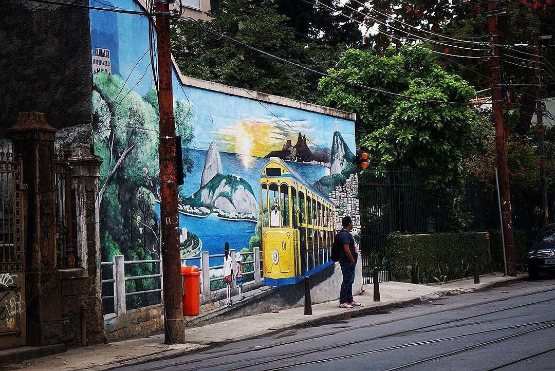 #tb #santateresa #riodejeneiro #olympicgames  #streetart #streetartrio #catchingthetram #wanderer #tourist #exploretheglobe #explore #travelpics #tourism  #brasil #southamerica #unlimitedsouthamerica #curtarj