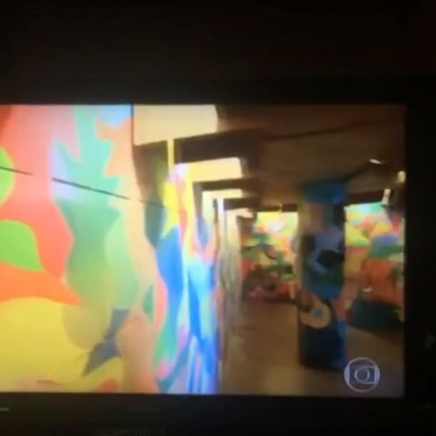 #morarmaispormenos #artinstallation #designrj #painting #pintura #pinturabrasileira #streetartrio #graffitirj #rjtv #studiotravellero #home @studiotravellero @studio_wdg @cristine_levinspuhl @elgraffiti @riostreetarttour @morarmaisrio