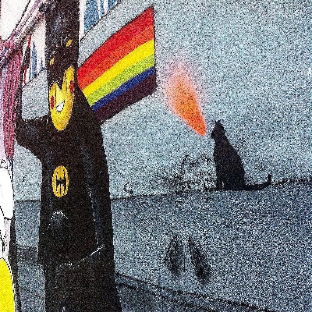 Pegando o gancho na Arte.. O Gato viu que, em Gotham também tem livre arbítrio! Fabão Correia  Street Art São Paulo  #Stdsgn #spray #stencil #brasil #StreetDesign #gabita_uy #streetartist #streetartrio #london #paris #streetartmontpellier #montpellier #streetart #vandal #design #streetartsaopaulo  #saopaulo #riodejaneiro #trapacrew #streetartnewyork #streetartlondon #streetartparis #mystreetartparis #streetsignart #streetartsnapshots #5318skateboard  #streetarteverywhere #fmu