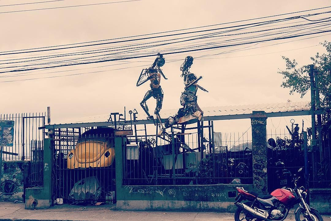 #streetartrio #streetart #art #artelier #santateresa #riodejaneiro #brasil #wandering #wanderer #travelpics #travel #exploretheglobe #explore #tourism #southamerica #lonelyplanet #getaway #streetphotography