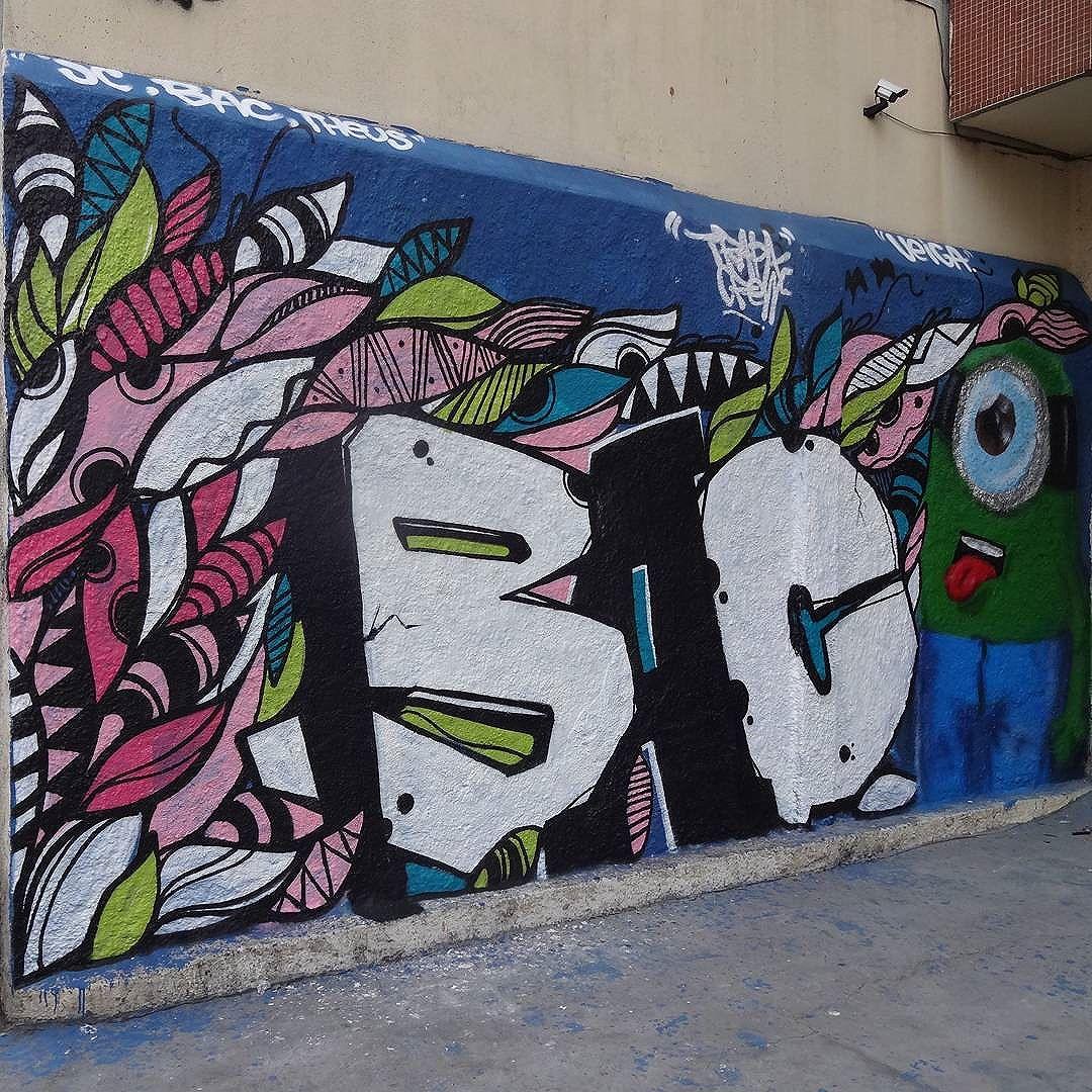 Graffiti wall by @juliojcrj , @raminho and @matheusveiga1 . #trapacrew #streetartrio #graffitiart #streetart #artederua #urbanart #arteurbana