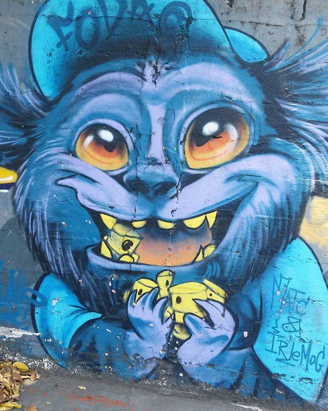 Tijuca.  #streetart #streetartrio #streetartrj #urbanart #urbanwalls #wallart #arturbain #artderue #artederua #artenarua #arteurbana #artecallejero #graffiti #graffitiart #instagraffiti #grafite #grafiterj #instagrafite #wall #muro #mur #tijuca #tijucarj
