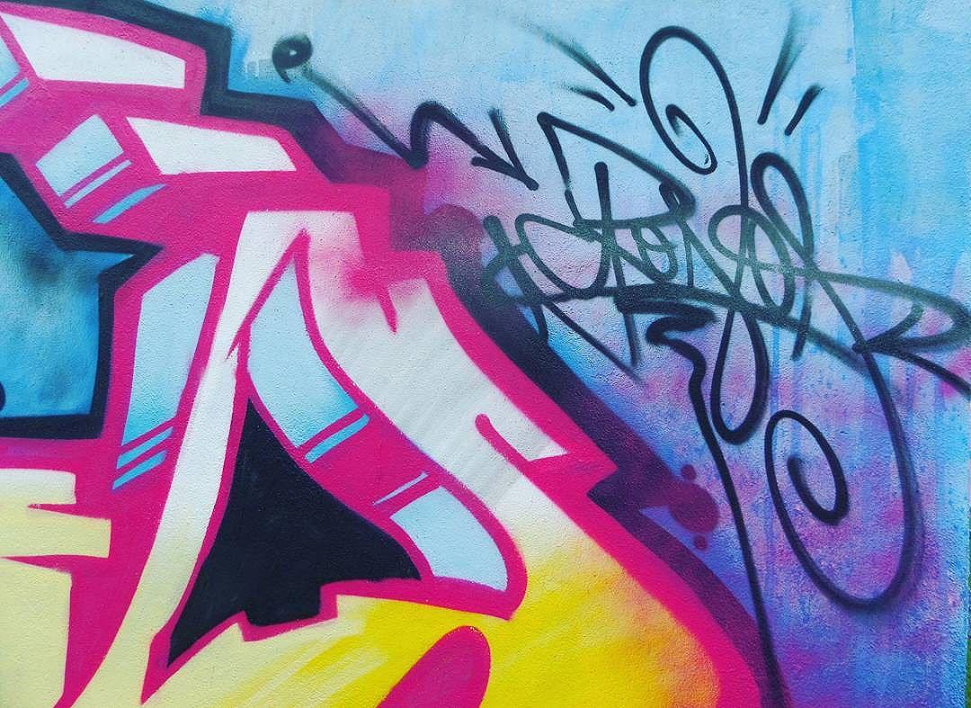 Um bom fim de semana a todos!! Bom Dia!!! Simbora de Tag @alancrono #aerosolart #tagsandthrows #sprayart  #art #streetaertrj #streetartrio #spraycan  Segue+++