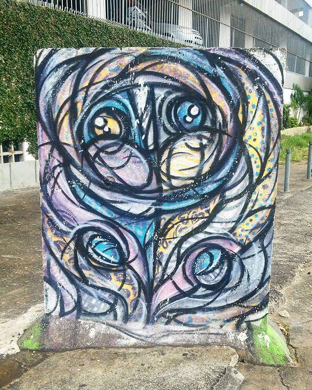 Vila Isabel.  #streetart #streetartrio #streetartrj #urbanart #urbanwalls #wallart #artecallejero #artderue #arturbain #arteurbana #artederua #artenarua #graffiti #graffitiart #instagraffiti #grafite #grafiterj #instagrafite #vilaisabel #vilaisabelrj