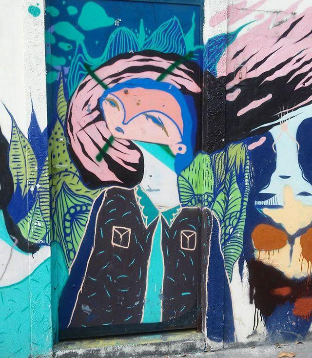 @nrvocoletivo @memiguilherme #streetart #StreetArtRio #streetartrj #urbanart #urbanwalls #wallart #arturbain #artderue #artecallejero #arteurbana #artederua #artenarua #graffiti #graffitiart #graffitiporn #instagraffiti #grafite #grafiterj #instagrafite #tijuca #tijucarj