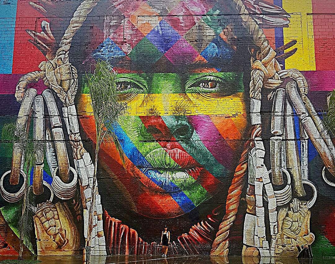Absolutely f***ing incredible artwork . Checkout the size of it (and only 1 of 5 faces) - I'm at the bottom of the pic. Photo creds @shamshafidh_95. #kobra #eduardokobra #eduardokobramural #kobrastreetart #graffiti #grafite #grafitebrasil #arteurbana #artederua #urbanart #urban #streetartrio #streetartphotography #streetarteverywhere #bulevarolimpico #mural #bigmurals #guinessworldbookofrecords #art #artcariocas #rio #errejota #rioolympics #brazil #brasil #blzrio by @kobrastreetart