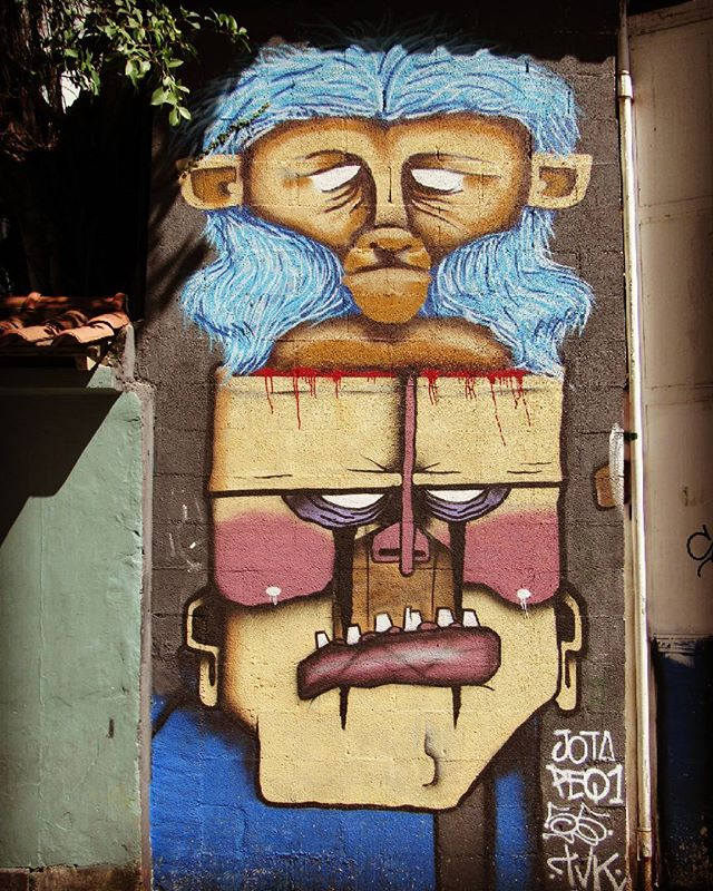 #art #streetart #streetartriodejaneiro #streetartrio #graffiti #graffitiart #instagraff #intagraffite #urbanart #streetartbrazil #graffitimundo #globalstreetart #urbangraffiti #graffitestreetart #sprayart #wallart #photograffiti #botafogoneighborhood #botasoho #bairrobotafogorj #rioeuteamo #artederua #artederuarj #carioca #turistandonorio #riodejaneiro #rj #brasil #brazil
