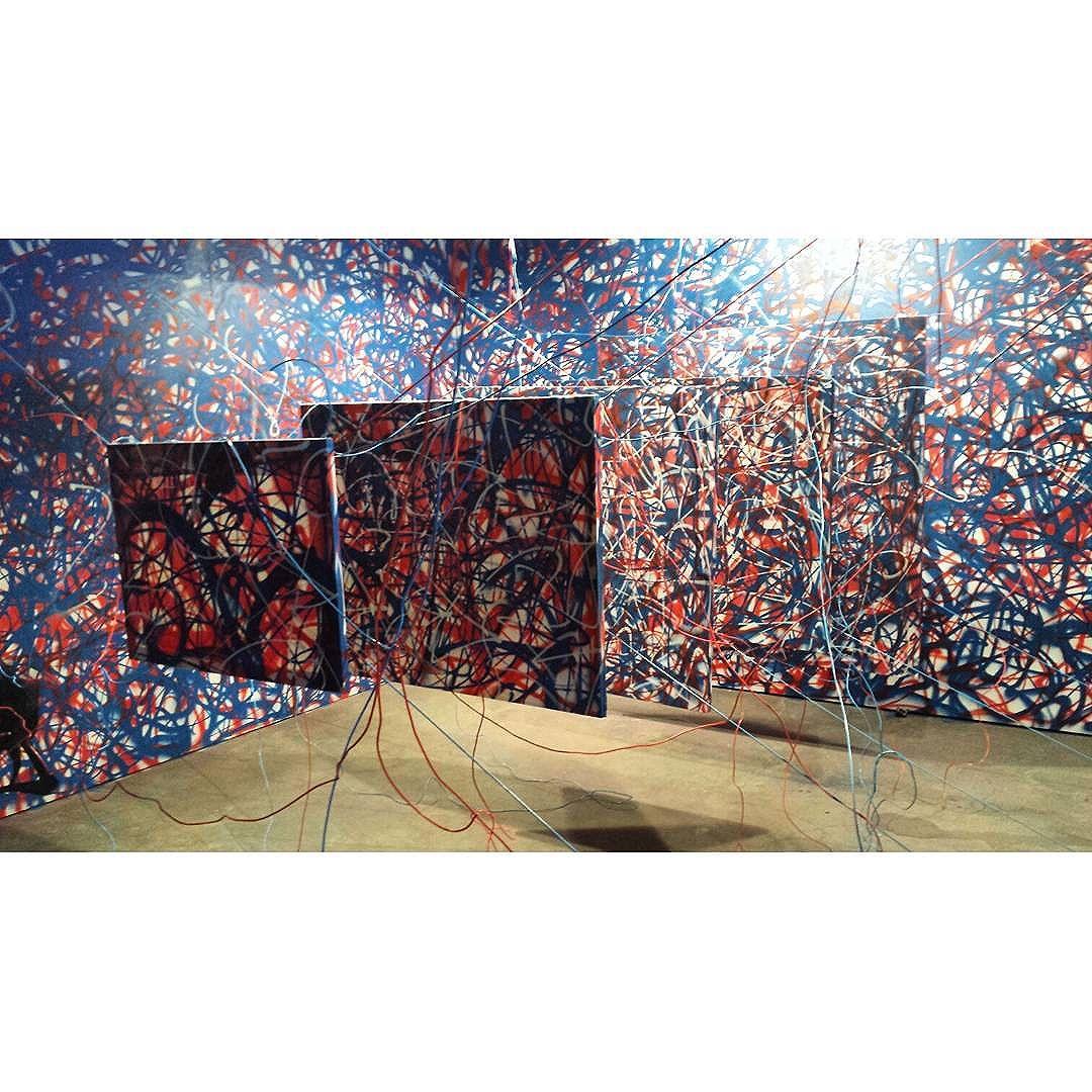 ArtRua e os canvas flutuantes. #tbt #arterj #artlovers #streetartrio