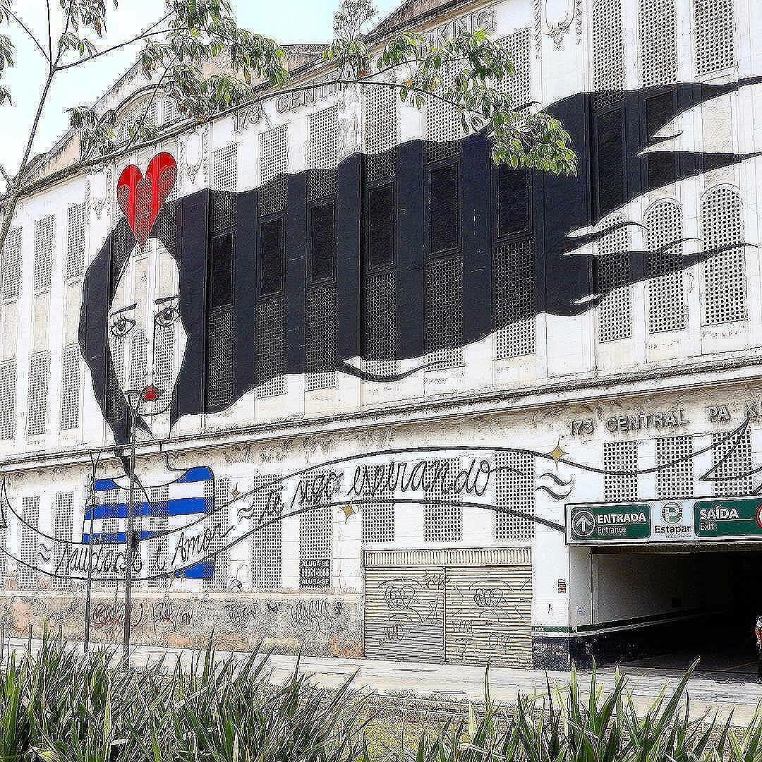 Compartilhado por: @lucianaoliveirajv via #StreetArtRio | Mais detalhes da obra, local e artista em: http://streetartrio.com.br/ #graffitiart #graffitiporn #graffiti #graffitiwall #artlovers #artstagram #instaartist #instaart #urban #urbanart