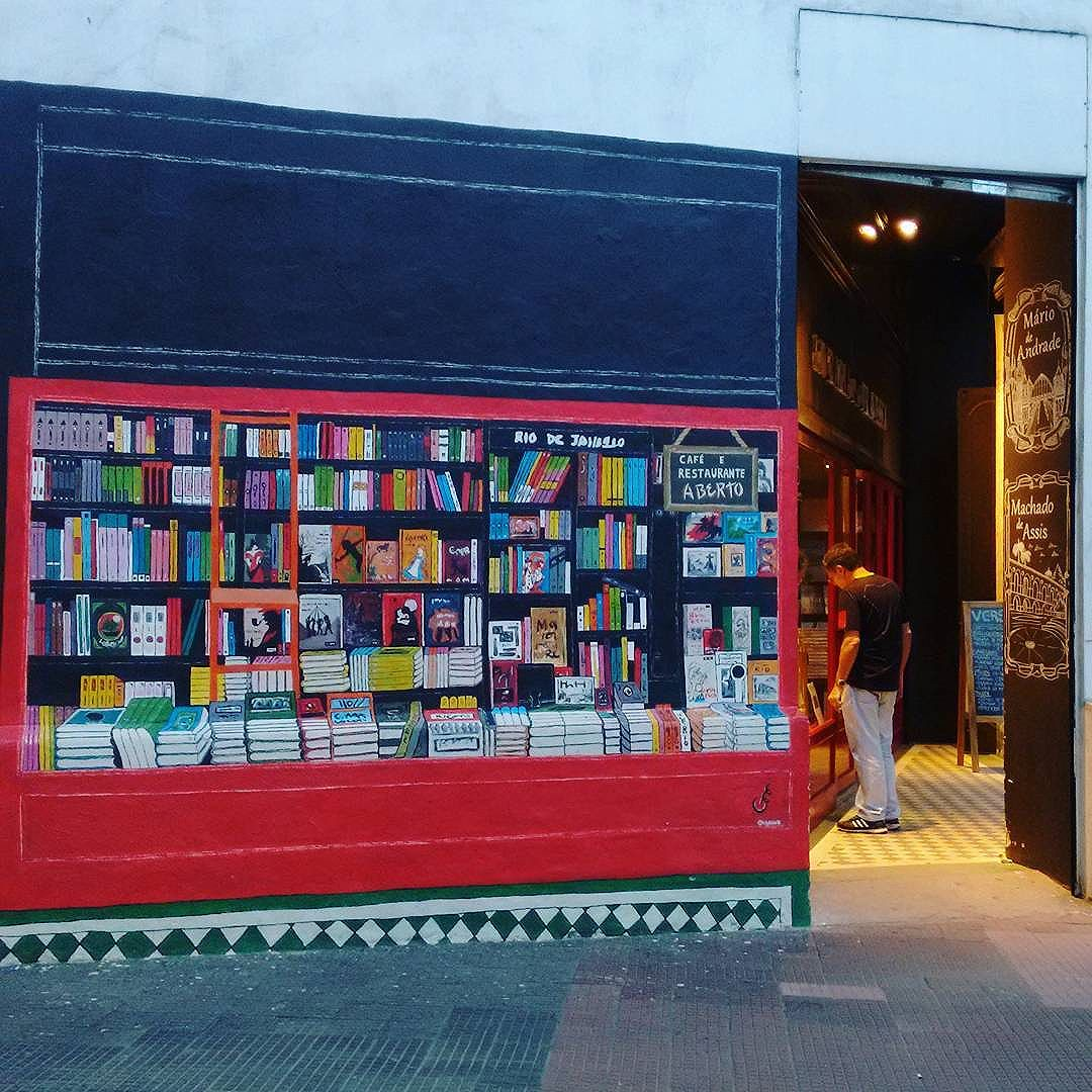 #grafite #graffiti #graffitirio #ig_graffiti #graffiti_clicks #arteurbana #elgraffiti #be_one_urbanart #dispatch_graffiti #dsb_graff #instagraffiti #murals #nexus_streetart #tv_streetart_ #publicart #streetart #urbanart #streetartrio #streetarteverywhere #books