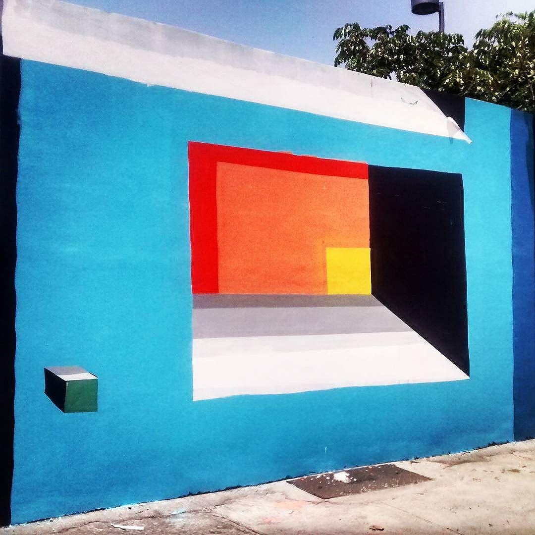 #mariobands #bands #janelas #seriejanelas #mural #painel #artistasurbanoscrew #artistainterventor #classeD #streetartrio #streetartnews #artrua #arteurbana #porngraffiti #geometricoabstrato #graffitiGeometrico #artegeometrica