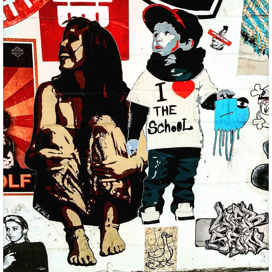 #marshallarts #marshal & #tona #tonaart #schanzestreetart #straßenporn #hamburg #carolinenviertel #sanktpauli #welovestreetart #strasskunst #dosenkunst #graffiti #urbanart #urbanshit #streetartists #streetart #welovegraffiti #sprühdose #sprühdosenkunst #pasteup #berlin #bilder #streetartists #streetartrio #loveurbanart #loveurban #bochum #lelouphamburg
