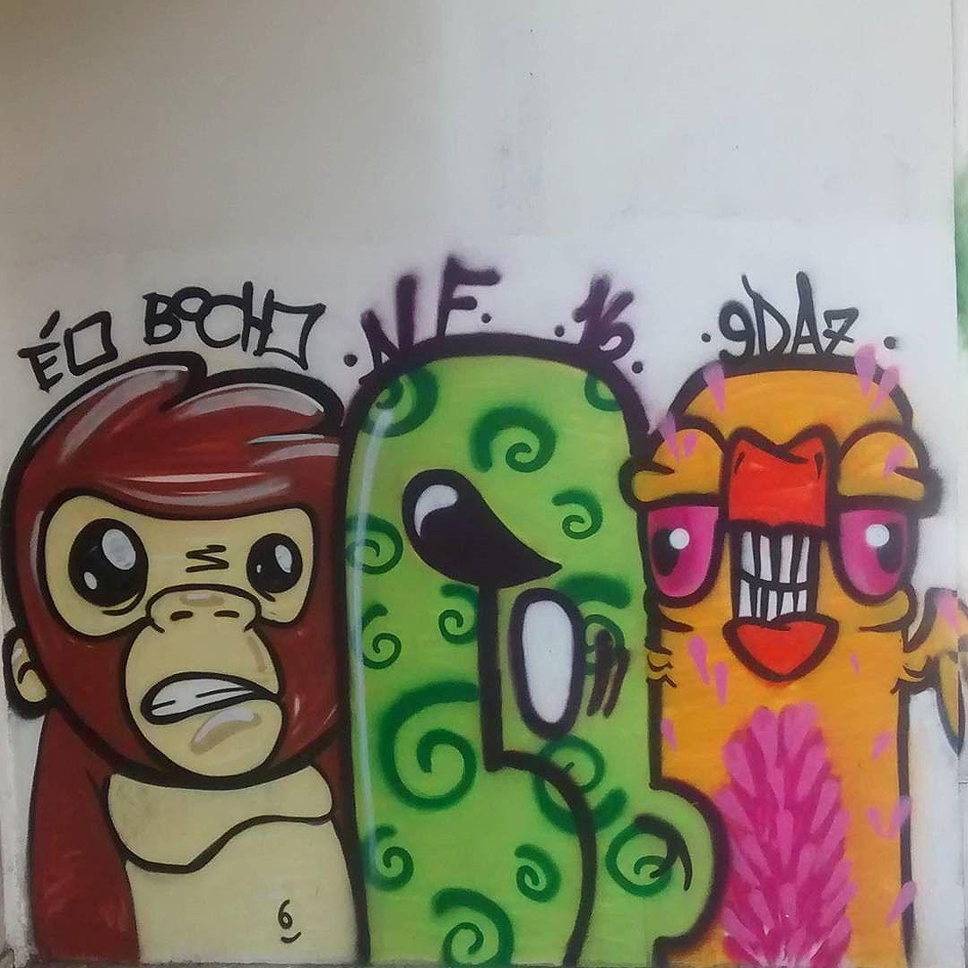 por: @caioalf @renataedaz • #rjvandal #streetartrio #streetart #graffiti #graffitiart #art #riodejaneiro #tags #tagsandthrows #throwsup #throwsupz #bombing #bomb #grafite #artist #artoftheday #arteurbana #rj #urbanart #artederua #rua #graffitiwall #sprayart #vandal #galeriaceuaberto #olheosmuros #bombingbrasil #graffitirio #art #makeart