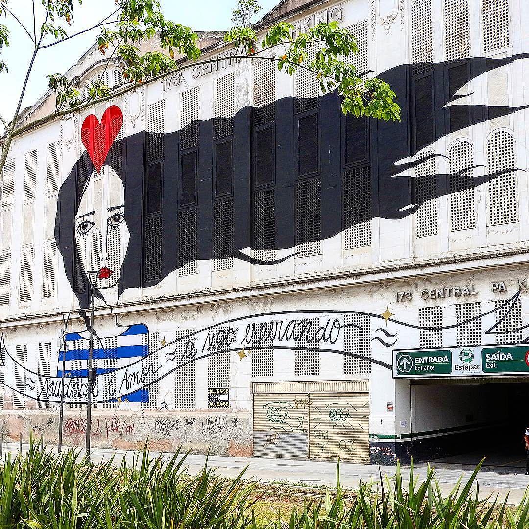 """Saudade é amor te sigo esperando."" . . #carioquissimo #cariocandonorio #riopostcard #rioenquadrado #rioeuamoeucuido #riomais #rio2016 #rioiloverio #streetartrio #arteurbana #artenarua #rioetc #esseemeurio #ihcarioquei #ig_riodejaneiro_ #conservacaorio #prefeituradorio #boulevardolimpico #cidademaravilhosa #orionaoesopraia #orgulhodesercarioca #amofotografar #fototerapia #vidadecariocaa #vivacarioquice #lovephotobyme #_photographic_world #brasil_photolovers"