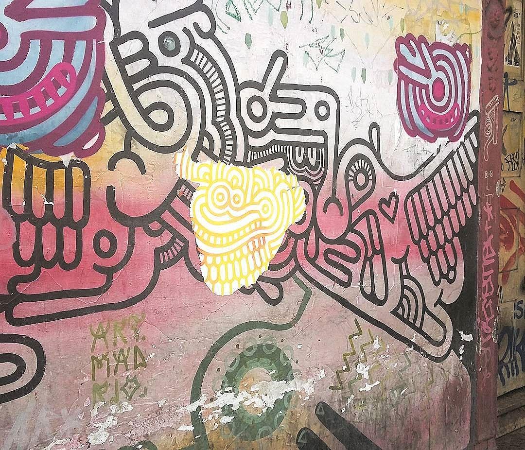 #sempre #querida #lapa #suja #bohemia #quente #artes #mil #milagres #streetartrio #urbanart #graffiti #tesoro #brillo #rj #2016