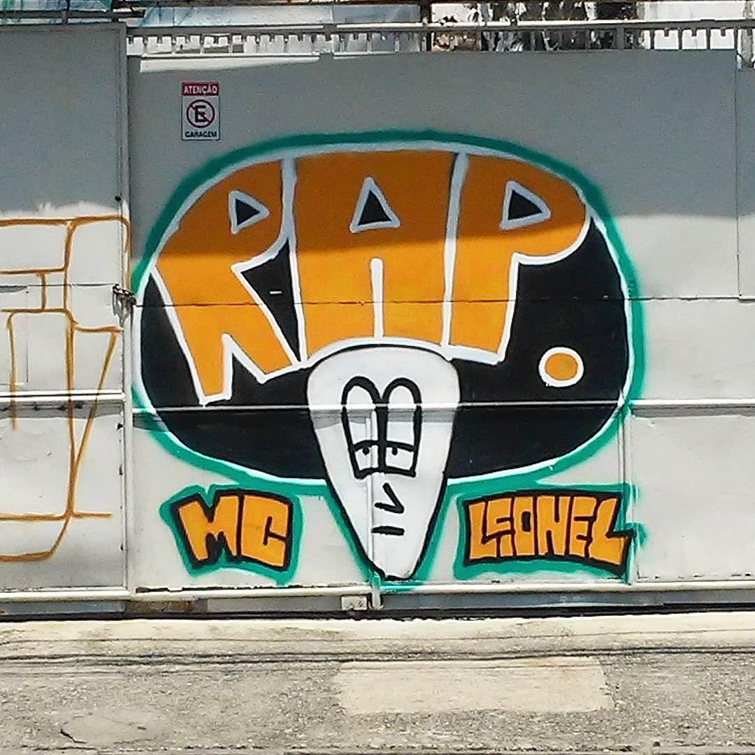 #streetart #streetartrio #streetartrj #urbanart #arturbain #artderue #arteurbana #artederua #artenarua #graffiti #graffitiart #graffitiporn #instagraffiti #grafite #grafiterj #instagrafite #suburbiocarioca #suburbiorj