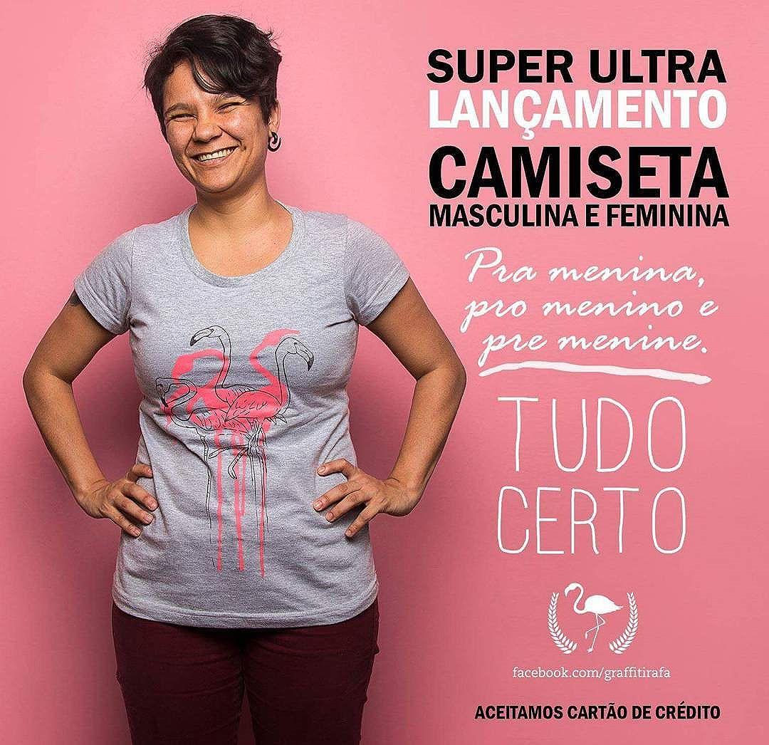 """SUPER LANÇAMENTO!!! CAMISETAS E LOJINHA!!!! Agora você pode comprar as minhas camisetas aqui mesmo!!! (tem uma aba aí do lado chamada """"Compre Aqui!"""") http://loja.likestore.com.br/tudocerto Link na descrição.  SE VOCÊ É DO RIO DE JANEIRO, A ENTREGA PODERÁ SER FEITA POR MIM. A gente combina direitinho. É só escolher a opção retirada no local.  Os produtos são feitos por mim, freestyle, modo de vida feirinha e por demanda. Somente ao comprar a camiseta é que ela será feita, especialmente para você. A ideia é essa: cada peça ser única, sendo diferentes uma das outras.  INFORMAÇÃO IMPORTANTE SOBRE AS CAMISETAS: Fiquem atentos ao tamanho escolhido, uma vez que cada peça é feita pensando exclusivamente em você e por demanda. Como as camisetas só serão produzidas após a confirmação de pagamento, haverá um prazo médio de 01 (uma) semana para produção e envio, ok? Na lojinha, o pagamento poderá ser feito via cartão de crédito ou boleto bancário.  O importante é entender que somos únicos e que vai dar tudo certo!! Fotos por @dalicastanhofotografia"""