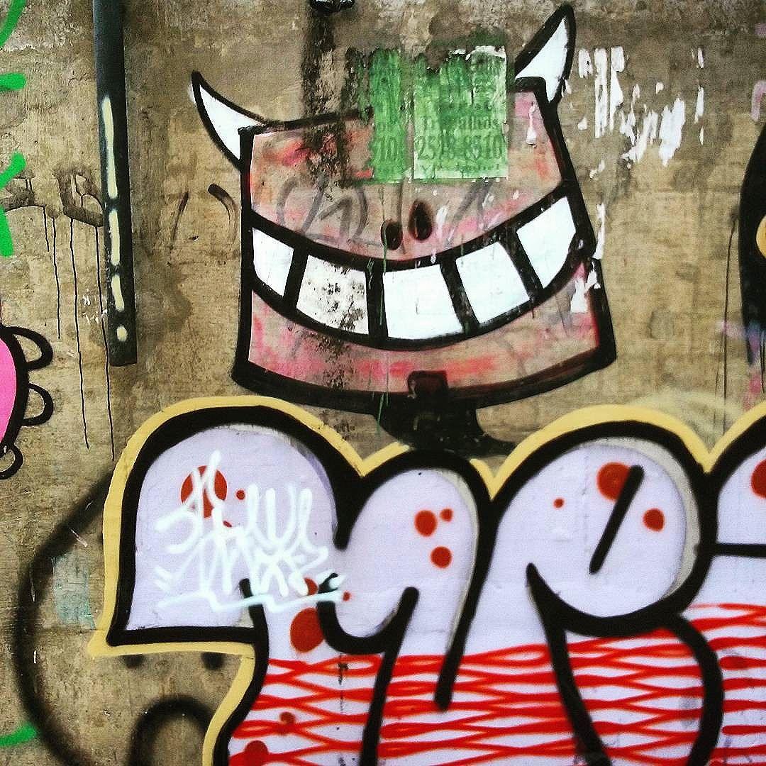 @rafocastro Rua Nossa Senhora de Lourdes  Andaraí  #StreetArtRio  #grafittinoriodejaneiro