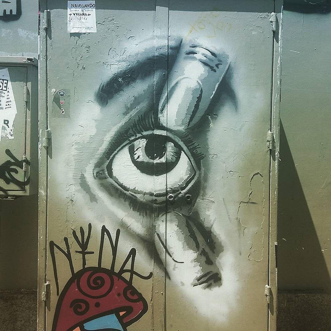 Abre o olho!!!! #grafittinoriodejaneiro #streetartinrio #streetartrio #largodomachado