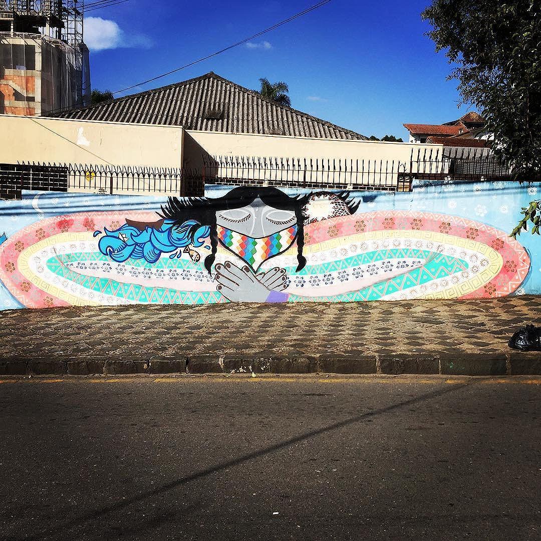 #curitiba street art from my recent trip to #Brazil with the http://www.shuffledemons.com #streetart #publicart #graffiti #instagraffiti #urbanart #graffart #graffitiart #graff #streetartrio #murals #popart #newpublicart #graffitistreet #wallgraffiti #kunst #art #sprayart #wallart #publicartwork #art_public #streetartcuritiba #curitibainstagram #curitibapics #brasil2016 #rio2016
